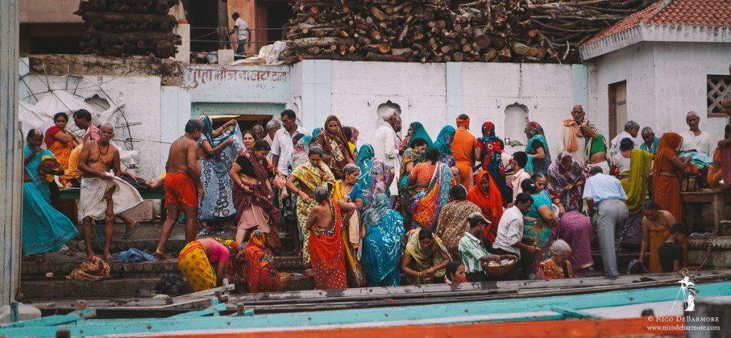 Chaos at Manikarnika Ghat